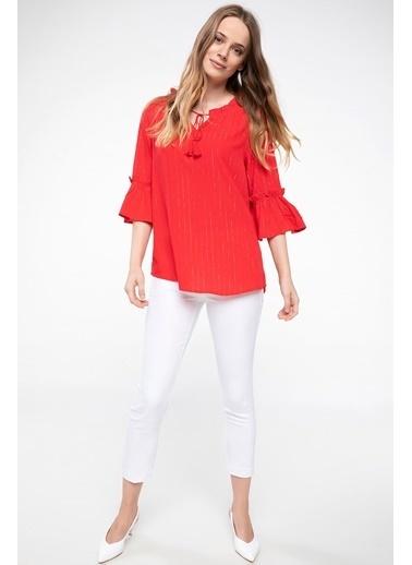 DeFacto Yakası Bağlama Detaylı Volanlı Bluz Kırmızı